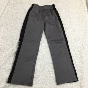 UNDER ARMOUR Gray With Black Striped Sweatpants 7Y